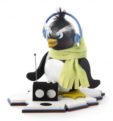 Räucherpinguin Ric mit Radio